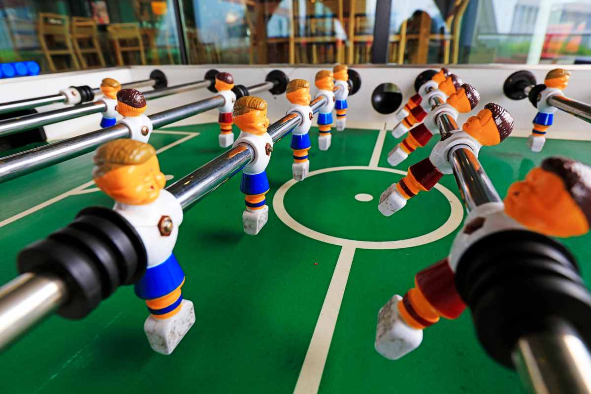 Foosball : Everything you wanted to know about the game!