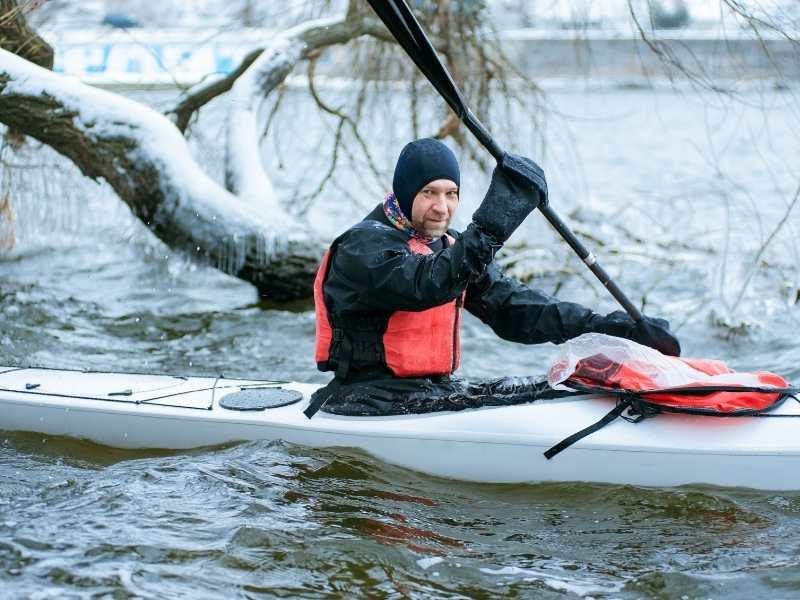 winter Kayak 3